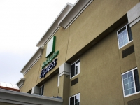 holiday-inn-express-bowling-green-ky-001