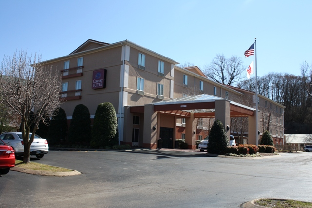 comfort inn suites nashville tn sundown renovations inc. Black Bedroom Furniture Sets. Home Design Ideas